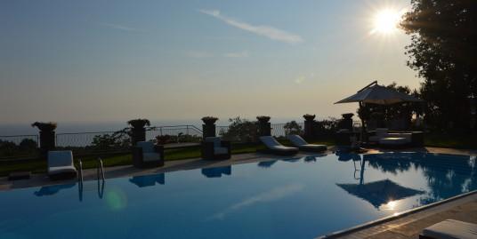 Anacapri – Villa di Lusso con Piscina–:–>