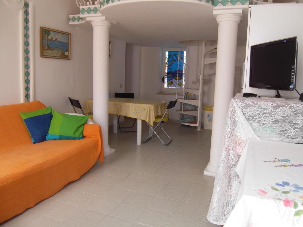 Casa vacanza in vecchio stile caprese al centro di capri for Cabine vecchio stile